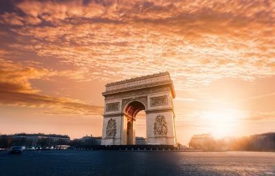 Odsprzedam noclegi w Paryżu | 10-13 listopada | 2 osoby
